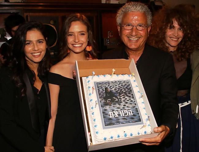 אכלתן את העוגה? הגר בן אשר, משה אדרי, ליהי קורנובסקי וסנדי בר (צילום: ניר פקין)