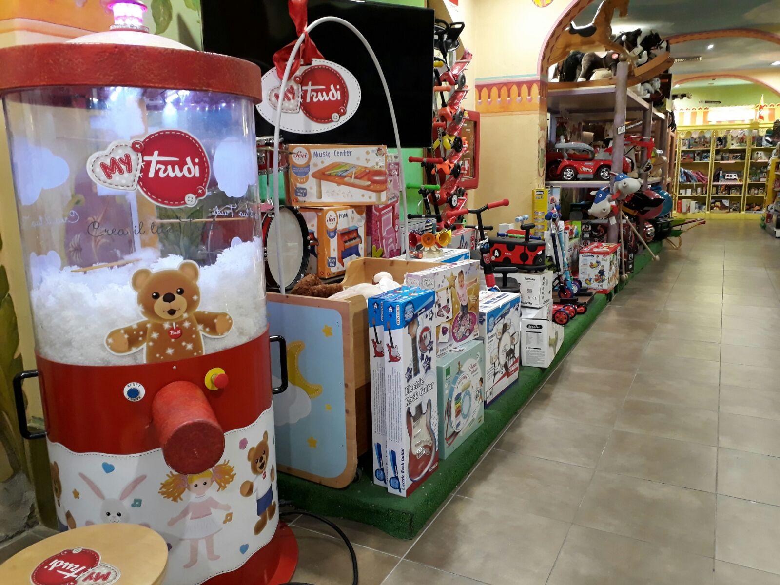 כל צעצוע אפשרי: חנות הצעצועים Dreoni Giocattoli  (צילום: אילאיל קופלר) (צילום: אילאיל קופלר)