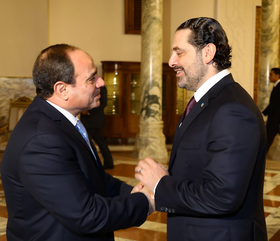 Hariri, right, meets with al-Sisi in Egypt (Photo: EPA)