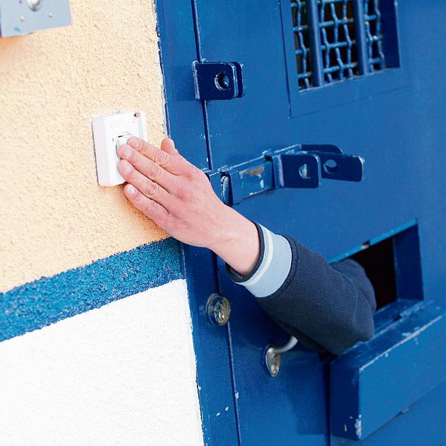 """כלא דקל בבאר־שבע. בכיר לשעבר בשב""""ס: """"כל הרעיון בשיקום אסיר זה ה'תיקון'.  אלא שזה לא קיים  בעבודות שירות"""""""