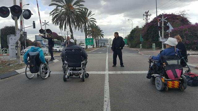 Last year's protests. The organizations threatened to renew the demonstrations (Photo: Disabled Panthers)