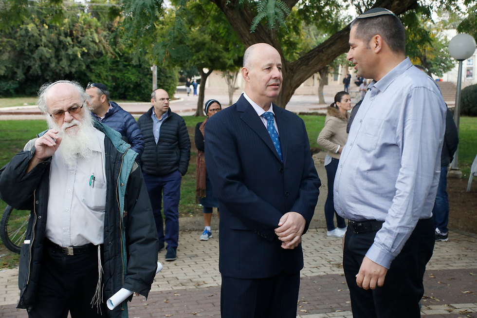 MK Hanegbi attended representing the government (Photo: Shaul Golan)