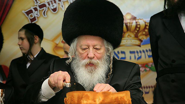 The Gur Rebbe, head of UTJ's Council of Torah Sages, initially instructed to reject a compromise on the draft bill (Photo: Meir Alfasi, Kikar HaShabat)