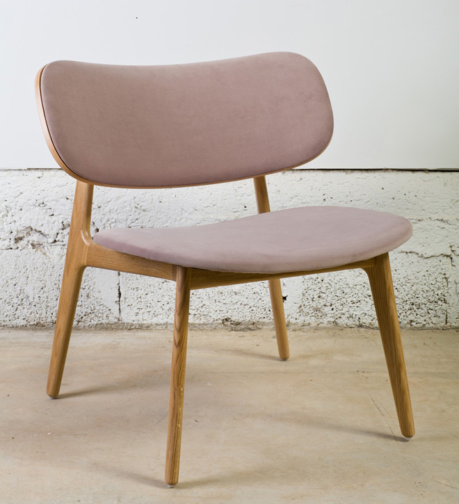 כיסא מרופד של ''תומיק'' (צילום: בועז לביא )
