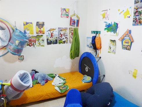 חדר לפני התאמתו לילד עם קושי בוויסות חושי (צילום: ניר שטרן)