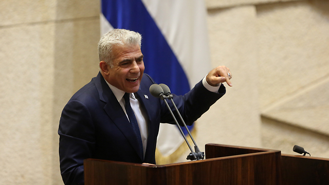 Yesh Atid Chairman Lapid (Photo: Alex Kolomoisky)