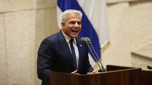 Yesh Atid leader Yair Lapid (Photo: Alex Kolomoisky)