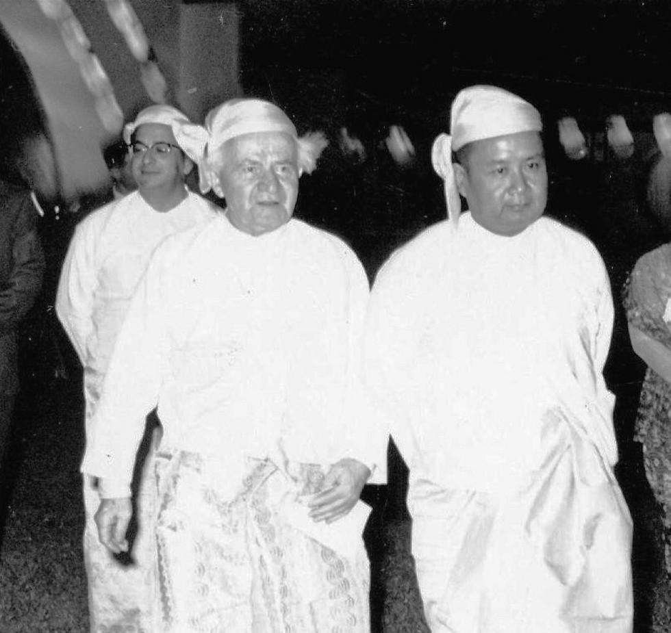 יצחק נבון ודוד בן גוריון בבורמה (צילום: U Thit, אוסף בית בן-גוריון בתל אביב)