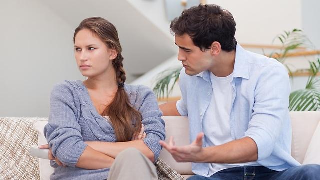 האדם השתלטן מנסה לצמצם את הפחד שלו מתלות באחר (צילום: Shutterstock) (צילום: Shutterstock)