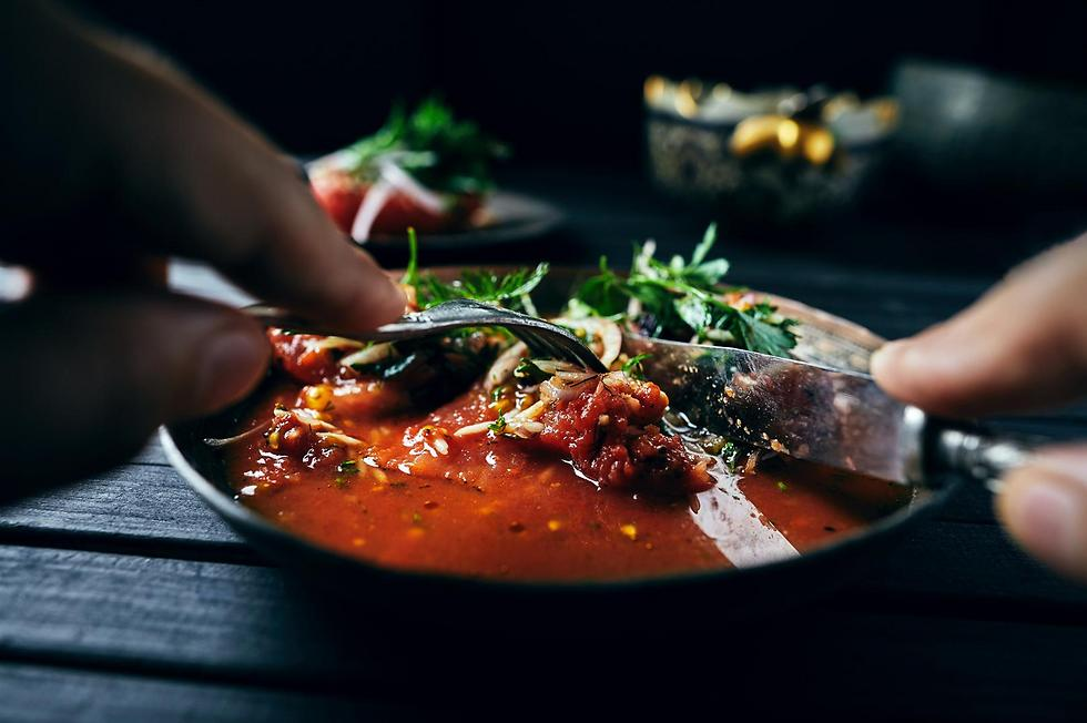 עגבנייה ממולאת (צילום: אמיר מנחם) (צילום: אמיר מנחם)