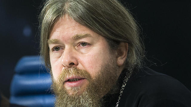 Father Tikhon, heading the commission, spoke about the czar's execution having ritual characteristics (Photo: AP)
