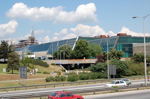 באולם הראשי של Sava Center יש 3,600 מושבים, וחוץ ממנו יש עוד 15 אולמות (צילום: Daniel Aragay, CC)