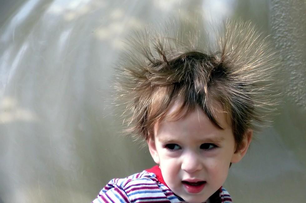חשמל סטטי באוויר. גם מהילד (צילום: shutterstock) (צילום: shutterstock)