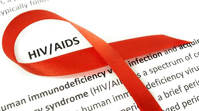 שינוי במגמה. נשאי HIV חדשים (צילום: shutterstock) (צילום: shutterstock)