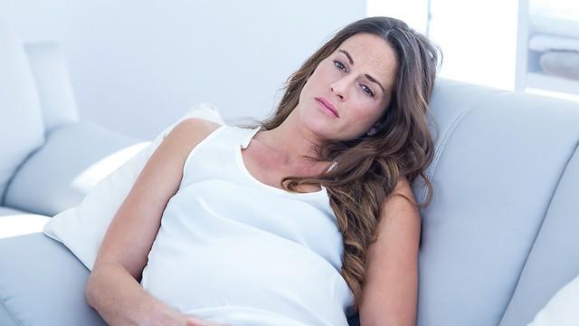 לא כזה כיף כמו שזה נשמע. שמירת היריון (צילום: shutterstock) (צילום: shutterstock)
