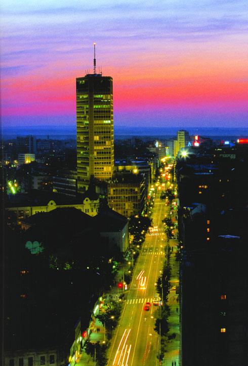 המגדל היחיד במרכז בלגרד, נכון לעכשיו (צילום: TOB)