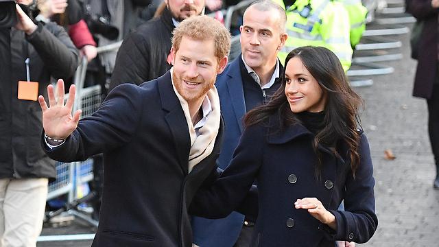 """""""תכתים את הדם המלכותי"""". מייגן מרקל והנסיך הארי (צילום: MCT)"""