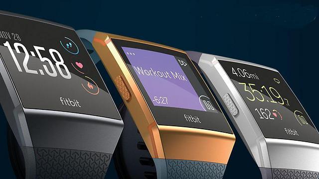 מתחרה לעיצוב של השעון של אפל (צילום: פיטביט)