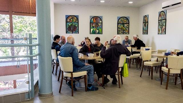 מרכז דורות: מקום משותף ונעים לכל תושבי מועצת זבולון (צילום: רון אנג'ל, באדיבות מרכז דורות)