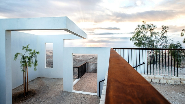 מרפסת ים המלח במצפה יריחו (צילום: הילה עידו) (צילום: הילה עידו)