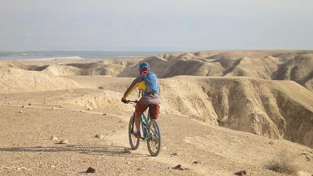 מסלול אופניים, חווארי אלמוג (צילום: הלל זוסמן) (צילום: הלל זוסמן)