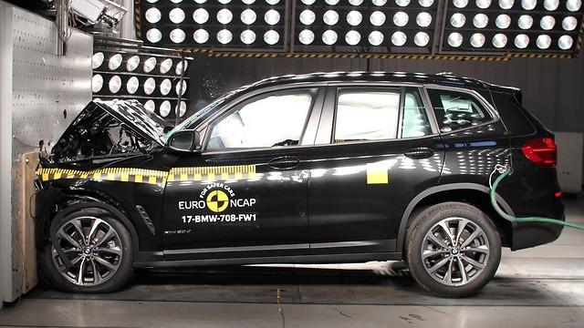 ב.מ.וו X3 החדש - חמישה ככוכבי בטיחות ()