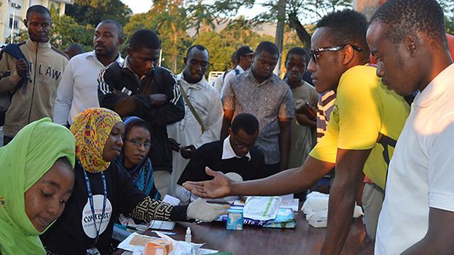במדינה השמרנית לא מעבירים לצעירים שיעורים בחינוך מיני ולא מספקים להם שירותי בריאות ידידותיים (צילום: UNFPA)