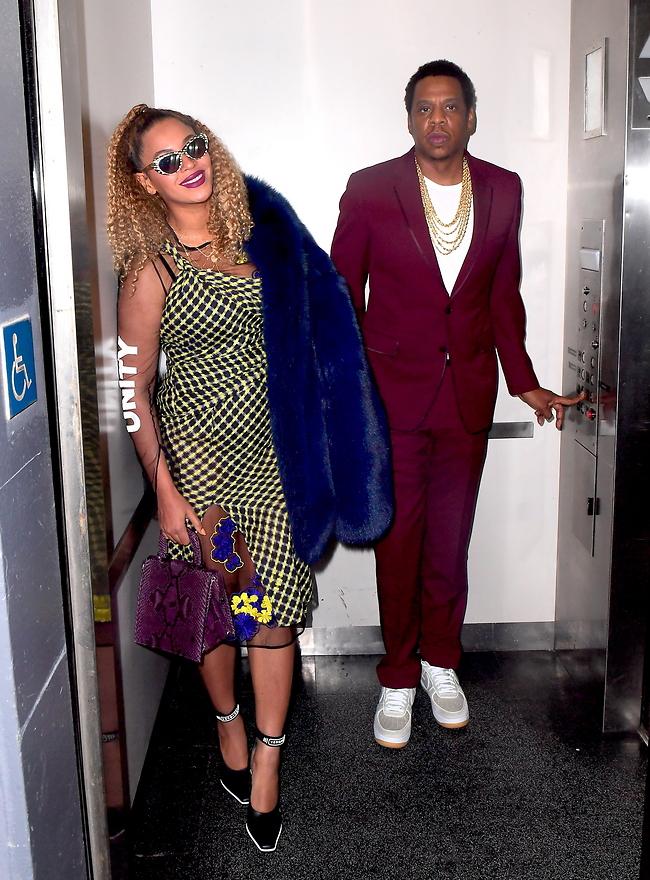 ב-2014 לא חייכת ככה. ביונסה וג'יי זי במעלית (gettyimages)