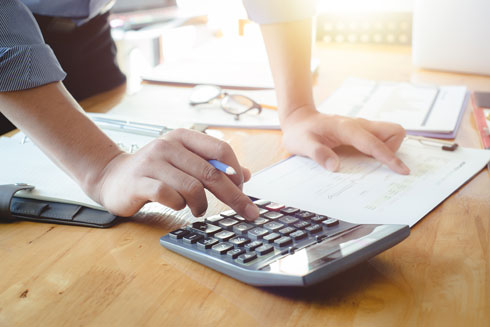יש להכין תוכנית עבודה מסודרת, שכוללת תוכנית עסקית (צילום: Shutterstock)