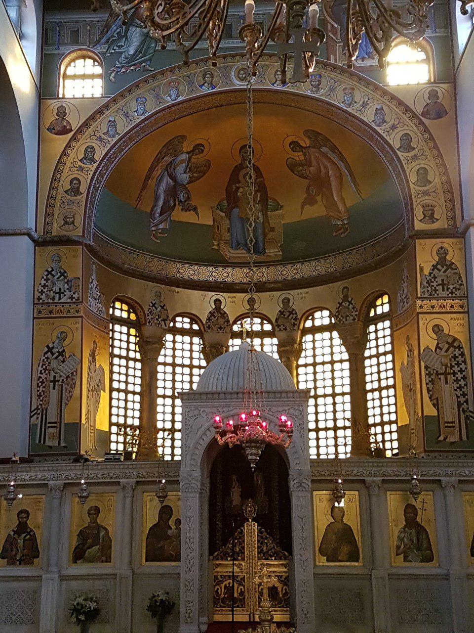 """כנסיית אגיוס דימיטריוס - החשובה בכנסיות בסלוניקי (צילום: אחיה ראב""""ד)"""