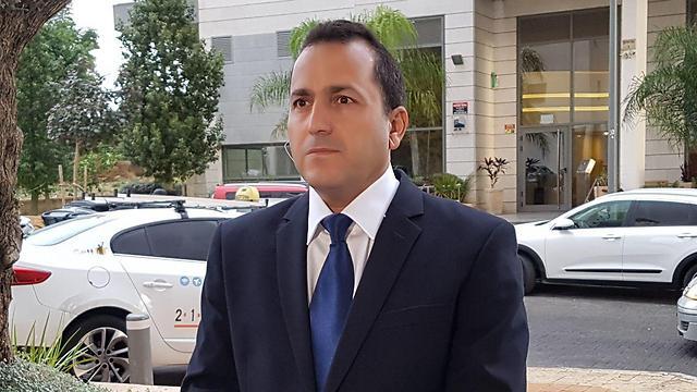 Bitan's attorney Damari (Photo: Barel Efraim)