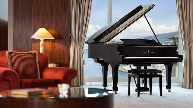 כל סוויטה צריכה פסנתר (צילום:  hotelpresidentwilson.com/Caters News)