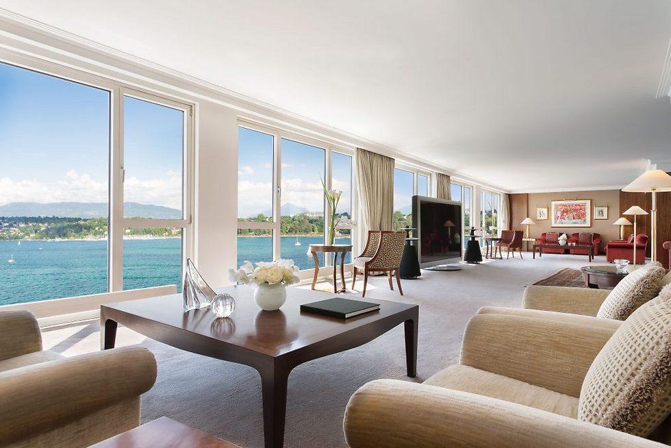 נוף פתוח לאגם ז'נבה (צילום:  hotelpresidentwilson.com/Caters News) (צילום:  hotelpresidentwilson.com/Caters News)