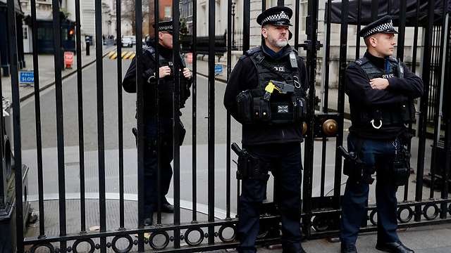 The gate outside No. 10 Downing Street (Photo: AP)