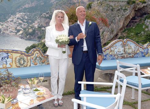 """""""אני מאמינה בקדושת הנישואים"""". עם דוד צור בחתונה בפוזיטנו (צילום: אלבום פרטי)"""