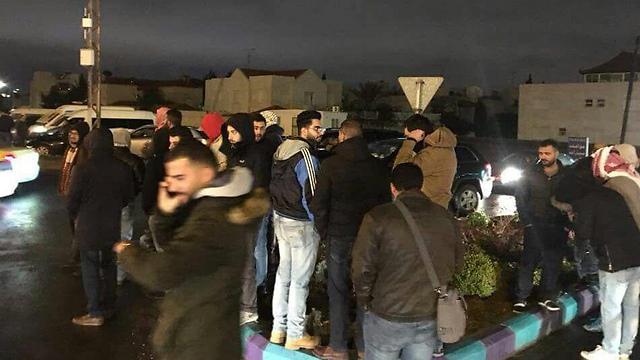 """מפגינים ליד שגרירות ארה""""ב בעמאן"""