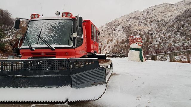 האתר ייפתח למבקרים הבוקר. שלג בחרמון (צילום: אתר החרמון) (צילום: אתר החרמון)