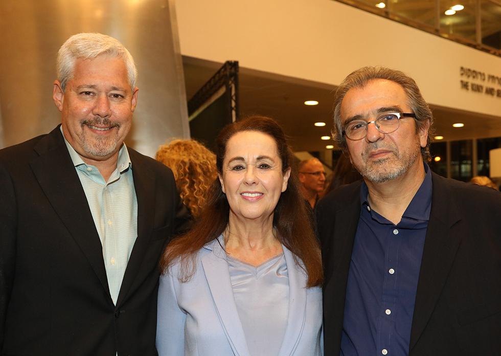 ירון בראון, אירית איזקסון, דורון ספיר (צילום: סיון פרג')
