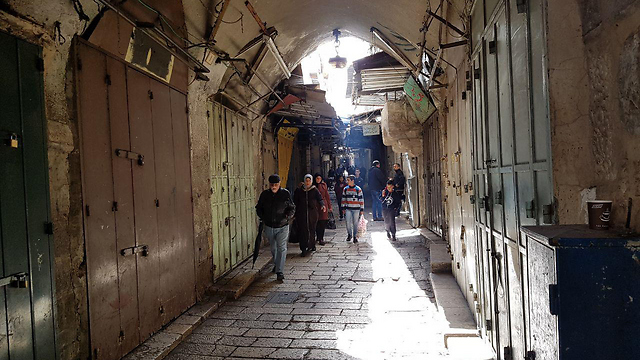 בתי העסק בעיר העתיקה נותרו סגורים ()