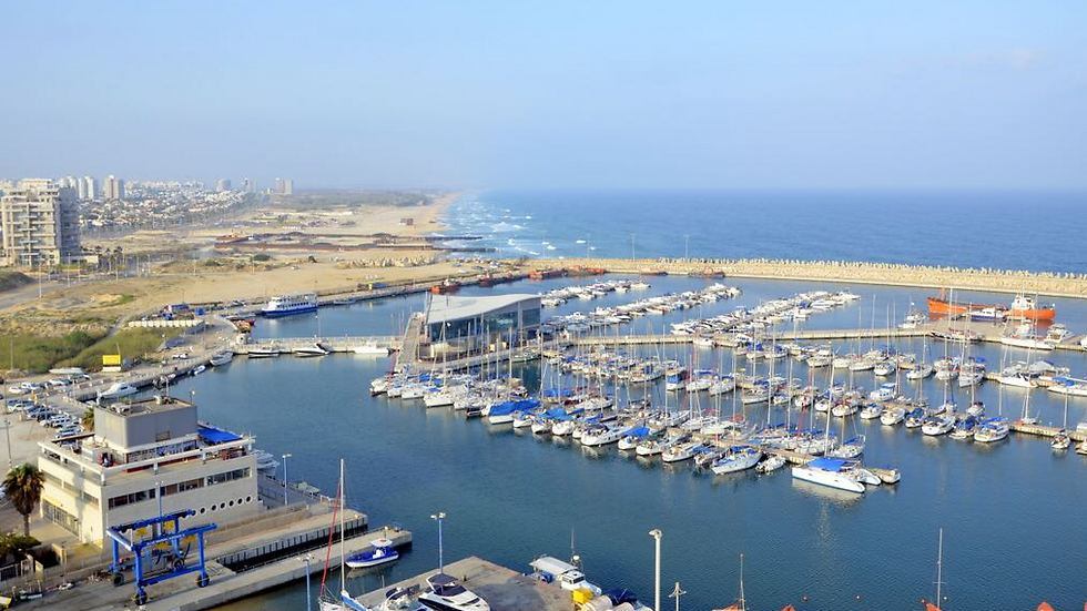 נמל אשדוד: אחד מסמלי העיר (צילום: קובי רפאלי) (צילום: קובי רפאלי)