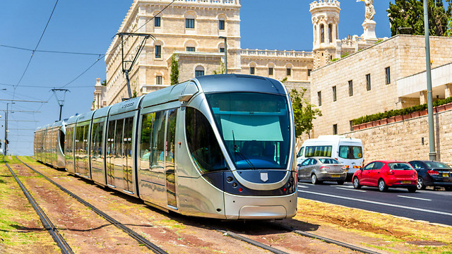 Jerusalem's light rail infrastructure will be greatly expanded (Photo: Shutter Stock)