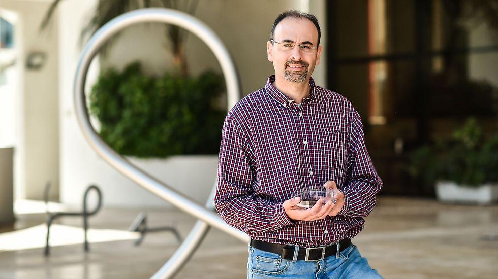פרופ' בעז פוקרוי מהפקולטה למדע והנדסה של חומרים בטכניון (צילום : ניצן זוהר, דוברות הטכניון) (צילום : ניצן זוהר, דוברות הטכניון)