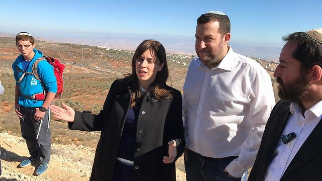 Deputy Minister Hotovely (L) and Shomron Regional Council Head Dagan (center)