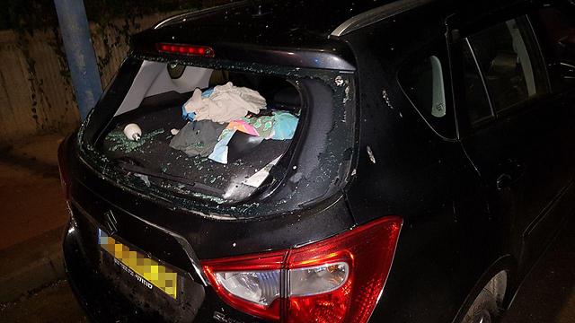 Nearby cars were damaged (Photo: Roee Idan)