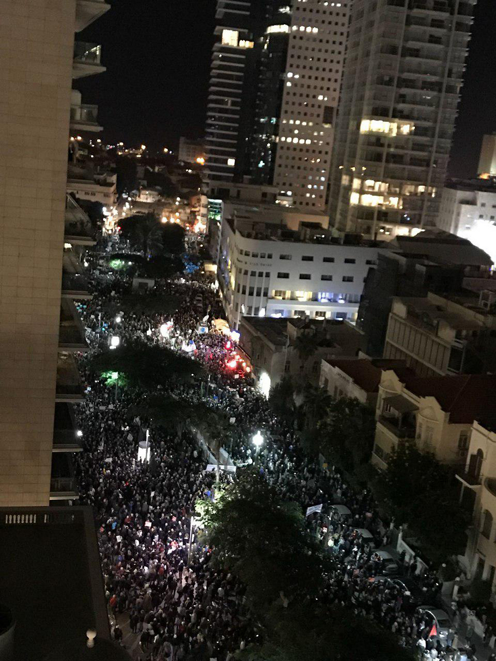 An aerial view of the protest (Photo: Ori Cole)