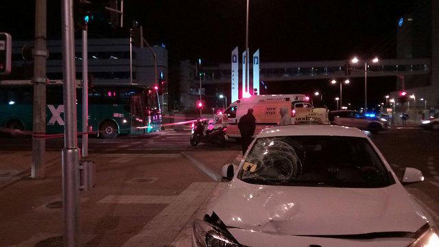 זירת התאונה בכניסה הדרומית לחיפה (צילום: איחוד הצלה כרמל) (צילום: איחוד הצלה כרמל)