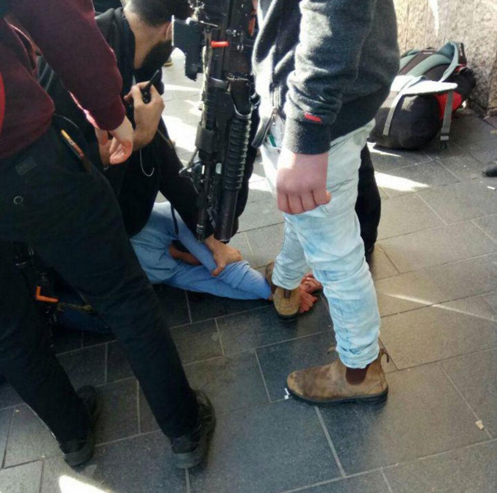 Terrorist after being neutralized (Photo: Yaakov Bezalel)