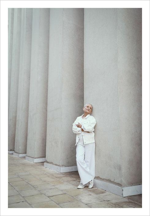 """""""לא ליהקתי אישה בת 90 כי חיפשתי דוגמנית מבוגרת לקמפיין, ליהקתי את שושיק, שהיא חברה שלי"""" (צילום: מאיר כהן)"""