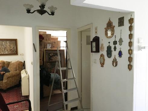 בעת הרכישה היה ברור שהדירה חייבת שיפוץ יסודי  (צילום: דנה ברוזה)