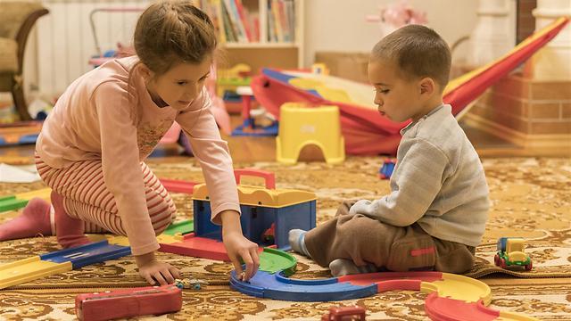 משחק מלבה את ניצוץ הסקרנות (צילום: shutterstock)